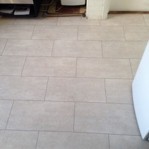LVT Camaro White Metal Stone & Grey Grout