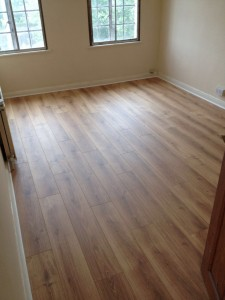 Laminate- Lifestyle Floors- Nottinghill- Natural Oak